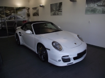 Porsche 911 Turbo S - Dodo Juice Supernatural